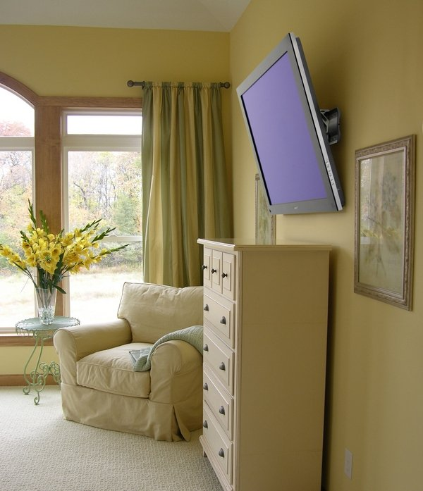 Фотография:  в стиле Современный, Спальня, Цвет в интерьере – фото на INMYROOM
