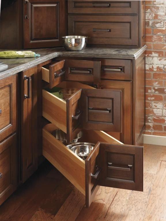 Фотография: Мебель и свет в стиле , Кухня и столовая, Интерьер комнат – фото на INMYROOM