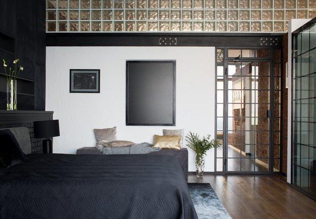 Фотография:  в стиле , Спальня, Гид – фото на INMYROOM