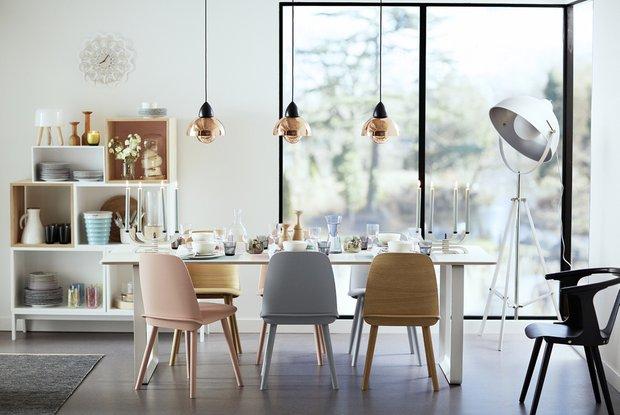 Фотография: Кухня и столовая в стиле Лофт, Скандинавский, Современный, Декор интерьера, Дизайн интерьера, Цвет в интерьере, Белый – фото на INMYROOM