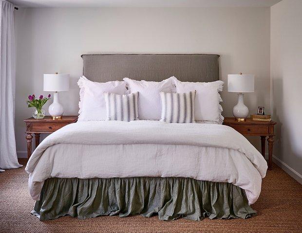 Фотография: Спальня в стиле Классический, Декор интерьера, Дом, Дача, Дом и дача – фото на InMyRoom.ru