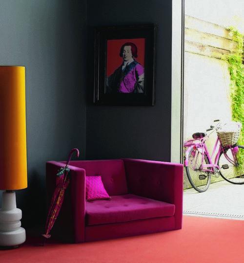 Фотография: Декор в стиле Эклектика, Декор интерьера, Дизайн интерьера, Мебель и свет, Цвет в интерьере, Стены, Розовый, Фуксия – фото на INMYROOM