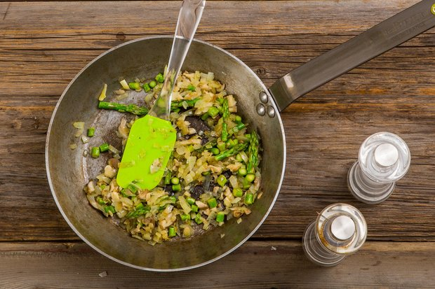Фотография:  в стиле , Обед, Ужин, Основное блюдо, Здоровое питание, Жарить, Рыба, Средиземноморская кухня, Есть сразу, Кулинарные рецепты, Варить, 30 минут – фото на INMYROOM