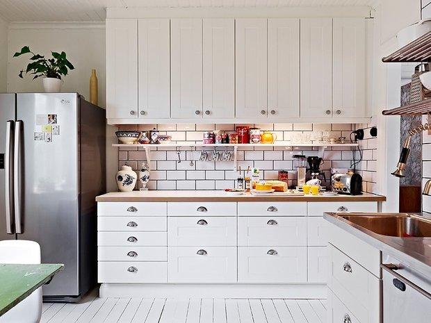Фотография: Кухня и столовая в стиле Скандинавский, Современный, Квартира, Мебель и свет, Советы – фото на INMYROOM