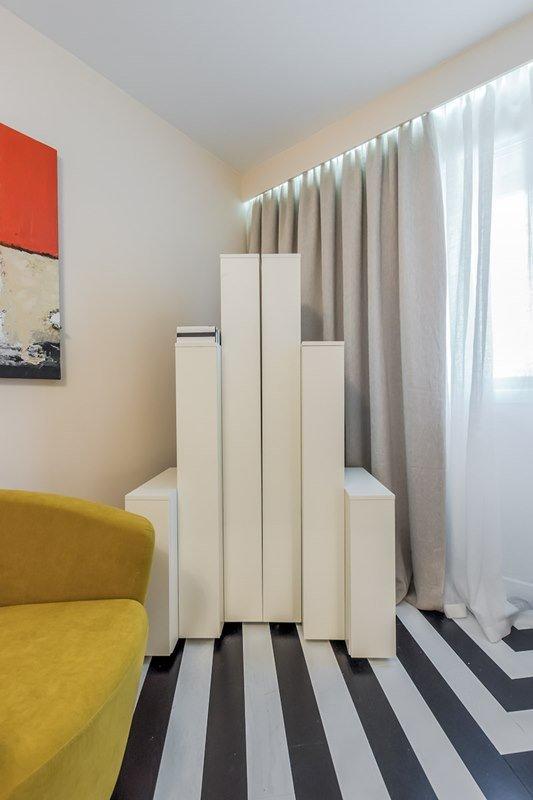 Фотография:  в стиле Современный, Декор интерьера, Интерьер комнат, Хрущевка – фото на INMYROOM