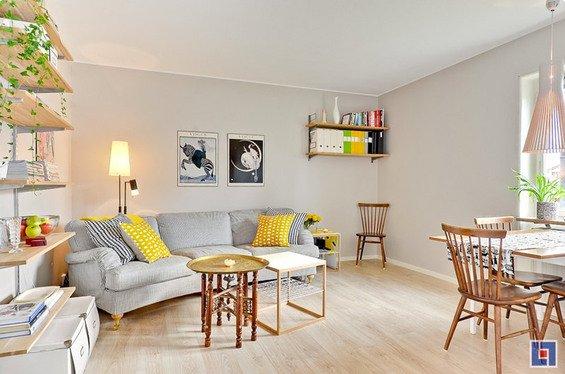 Фотография: Декор в стиле Современный, Скандинавский, Декор интерьера, Малогабаритная квартира, Квартира, Цвет в интерьере, Дома и квартиры, Белый – фото на INMYROOM