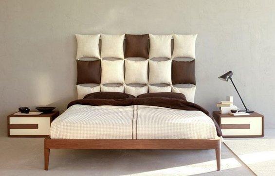Фотография: Спальня в стиле Современный, Декор интерьера, Декор дома, Подушки, Вышивка – фото на INMYROOM