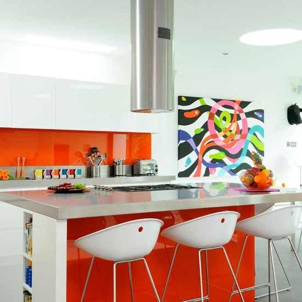Фотография: Ванная в стиле Прованс и Кантри, Кухня и столовая, Гостиная, Декор интерьера, Квартира, Студия, Дом, барная стойка на кухне, кухня-гостиная с барной стойкой – фото на INMYROOM