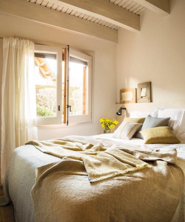 Фотография: Спальня в стиле Эко, Дом, Испания, Дача, Бежевый, Дом и дача, 4 и больше, Более 90 метров – фото на INMYROOM