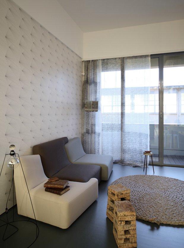 Фотография: Гостиная в стиле Современный, Малогабаритная квартира, Квартира, Италия, Дома и квартиры – фото на INMYROOM