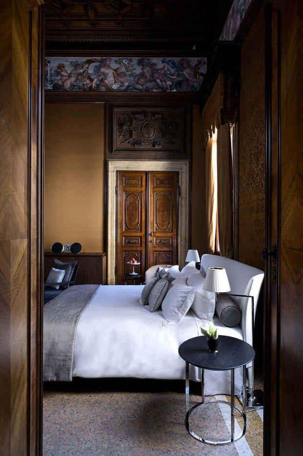 Фотография: Спальня в стиле Современный, Дом, Италия, Дома и квартиры, Отель – фото на INMYROOM
