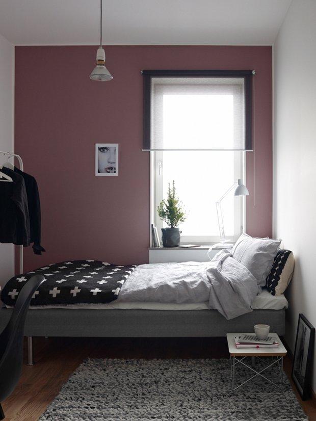 Фотография: Спальня в стиле Современный, Скандинавский, Декор интерьера, Квартира, Аксессуары, Мебель и свет, Белый, Черный – фото на INMYROOM