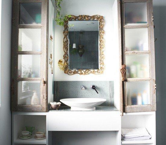 Фотография: Ванная в стиле Прованс и Кантри, Советы, уборка квартиры, уборка ванной комнаты, уборка кухни, простая уборка, как быстро навести порядок дома – фото на INMYROOM