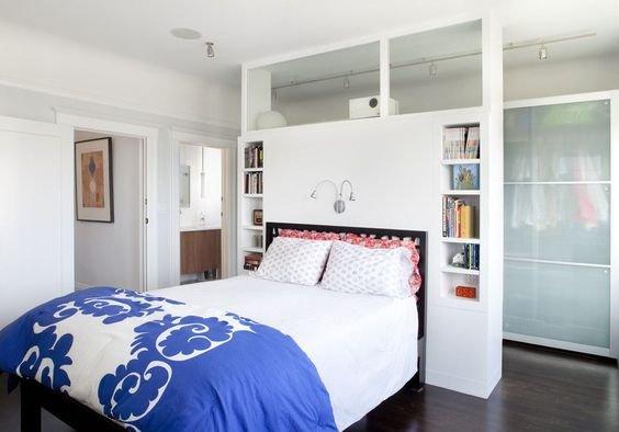 Фотография: Спальня в стиле Скандинавский, Советы, как зонировать студию, Марина Лаптева – фото на INMYROOM