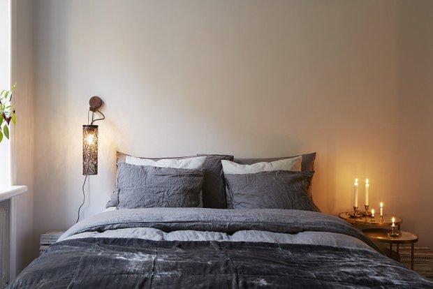 Фотография: Спальня в стиле Скандинавский, Современный, Декор интерьера, Малогабаритная квартира, Квартира, Мебель и свет – фото на INMYROOM