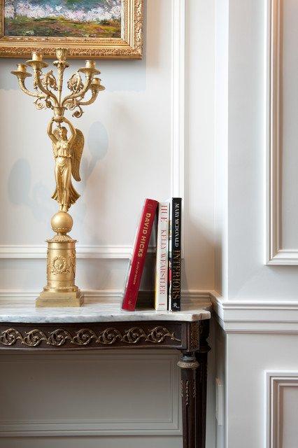Фотография: Декор в стиле Классический, Квартира, Дома и квартиры, Пентхаус, Картины – фото на INMYROOM