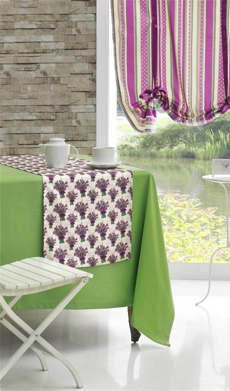 Фотография: Кухня и столовая в стиле Прованс и Кантри, Современный, Интерьер комнат, Часы – фото на INMYROOM
