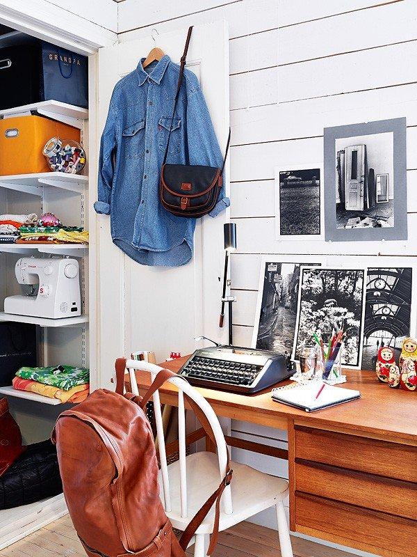 Фотография: Офис в стиле Скандинавский, Современный, Декор интерьера, Квартира, Цвет в интерьере, Дома и квартиры, Стены, Гетеборг – фото на INMYROOM