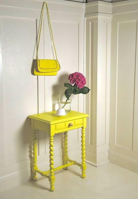Фотография: Мебель и свет в стиле Прованс и Кантри, Декор интерьера, Дизайн интерьера, Цвет в интерьере, Желтый – фото на InMyRoom.ru