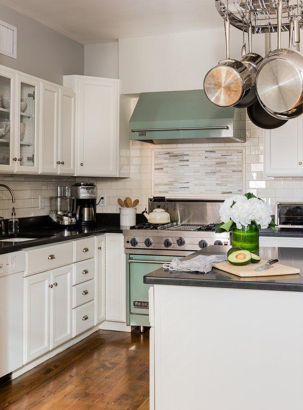 Фотография: Кухня и столовая в стиле Современный, Декор интерьера, Дом и дача, Таунхаус – фото на INMYROOM