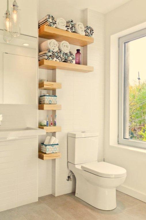 Фотография: Ванная в стиле Скандинавский, Декор интерьера, DIY, Малогабаритная квартира, Квартира, Декор, Советы, хранение в прихожей, лайфхак, хранение в маленькой ванной, идеи хранения для санузла, маленький санузел – фото на INMYROOM