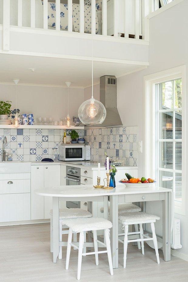 Фотография: Кухня и столовая в стиле Скандинавский, Декор интерьера, Дом, Швеция, Дача, Дом и дача – фото на INMYROOM