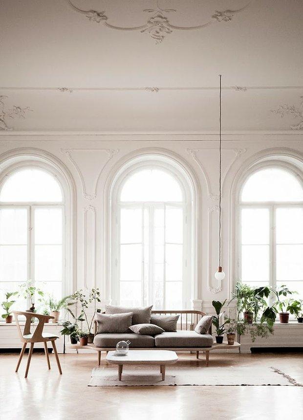 Фотография: Гостиная в стиле , Скандинавский, Декор интерьера, Швеция, Декор дома, Цвет в интерьере, Белый – фото на INMYROOM
