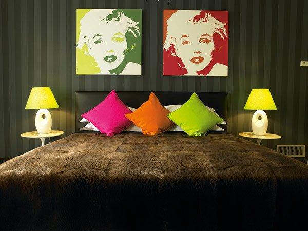 Фотография: Спальня в стиле Эклектика, Дизайн интерьера, Цвет в интерьере, Советы, Поп-арт – фото на INMYROOM