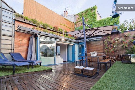 Фотография: Гостиная в стиле Минимализм, Квартира, Дома и квартиры, Барселона, Airbnb – фото на INMYROOM