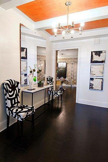 Фотография: Прихожая в стиле Прованс и Кантри, Декор интерьера, Дизайн интерьера, Цвет в интерьере, Потолок – фото на INMYROOM