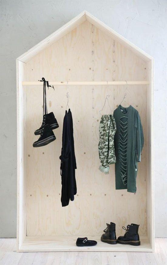 Фотография: Прочее в стиле , Прихожая, Интерьер комнат, Ковер, Шкаф – фото на INMYROOM