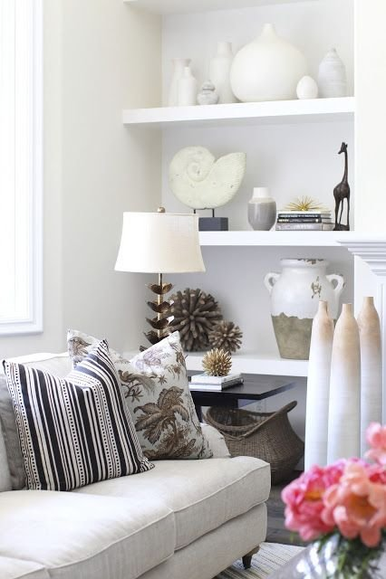 Фотография: Гостиная в стиле Скандинавский, Современный, Декор интерьера, Мебель и свет – фото на INMYROOM