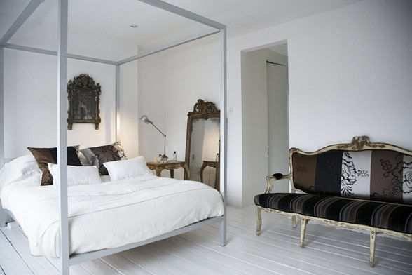 Фотография: Спальня в стиле Современный, Дом, Дома и квартиры, Минимализм, Фьюжн, Пэчворк – фото на INMYROOM
