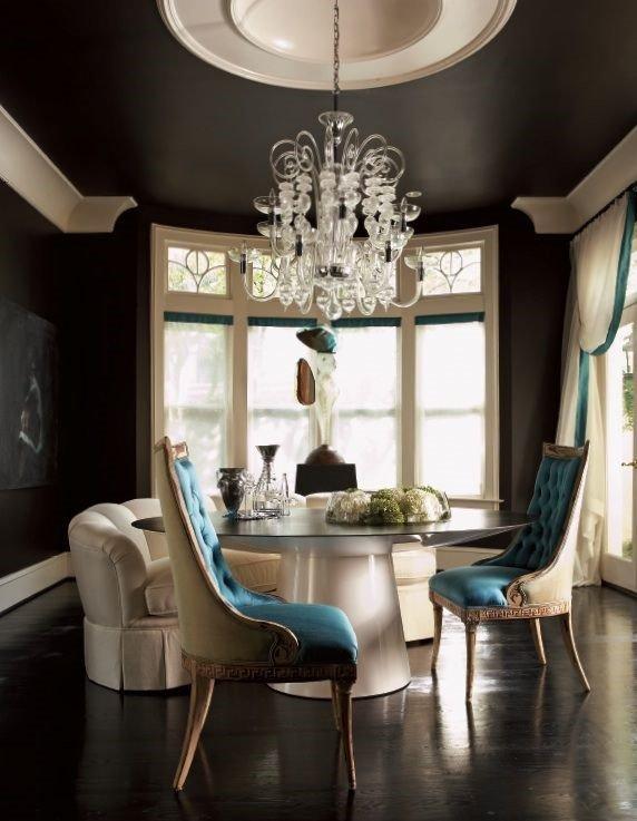 Фотография: Гостиная в стиле Эклектика, Декор интерьера, Дизайн интерьера, Цвет в интерьере – фото на INMYROOM