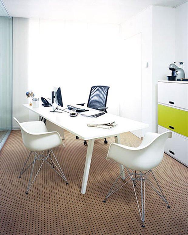 Фотография: Офис в стиле Современный, Декор интерьера, Мебель и свет – фото на INMYROOM