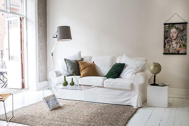 Фотография: Гостиная в стиле Скандинавский, Декор интерьера, Квартира, Швеция, 3 комнаты – фото на INMYROOM