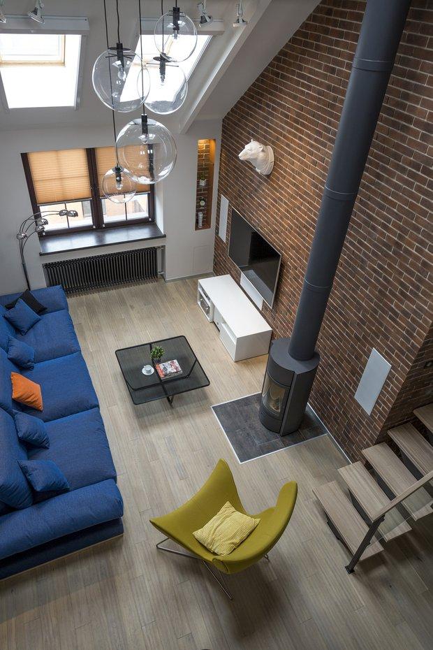 Фотография: Гостиная в стиле Лофт, Квартира, Проект недели – фото на INMYROOM