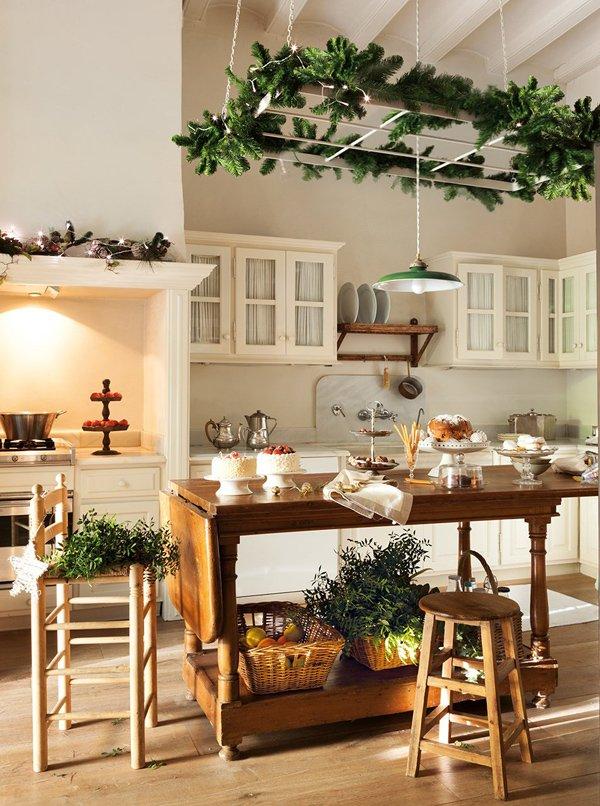 Фотография: Кухня и столовая в стиле Прованс и Кантри, Классический, Декор интерьера, Дом, Аксессуары, Декор, Белый – фото на INMYROOM