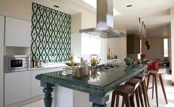 Фотография: Кухня и столовая в стиле Современный, Индустрия, Люди – фото на INMYROOM