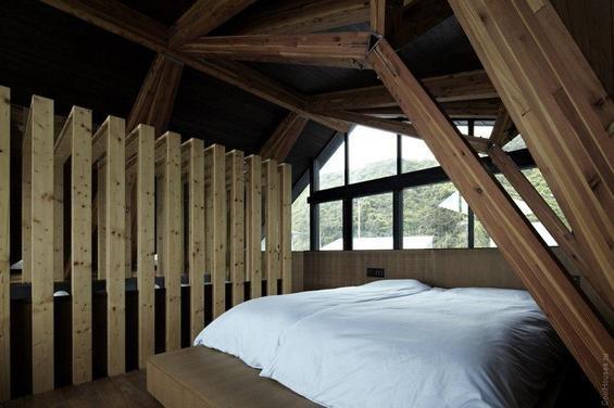 Фотография: Спальня в стиле Минимализм, Декор интерьера, Дом, Дома и квартиры, Архитектурные объекты – фото на INMYROOM