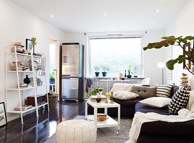 Фотография: Гостиная в стиле Скандинавский, Малогабаритная квартира, Квартира, Дома и квартиры, Мебель-трансформер – фото на INMYROOM