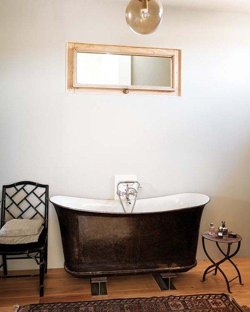 Фотография: Ванная в стиле Прованс и Кантри, Декор интерьера, Дом, Франция, Дома и квартиры – фото на INMYROOM