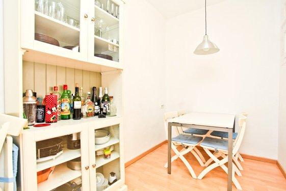 Фотография: Кухня и столовая в стиле Скандинавский, Современный, Квартира, Дома и квартиры, Барселона – фото на INMYROOM