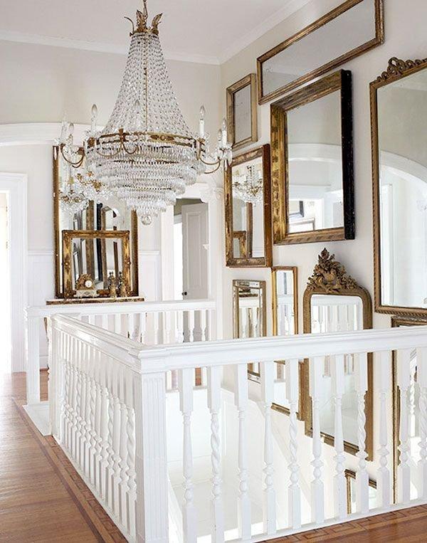 Фотография: Декор в стиле Прованс и Кантри, Декор интерьера, Малогабаритная квартира, Мебель и свет, Советы, Стены, Зеркало, Окна – фото на INMYROOM