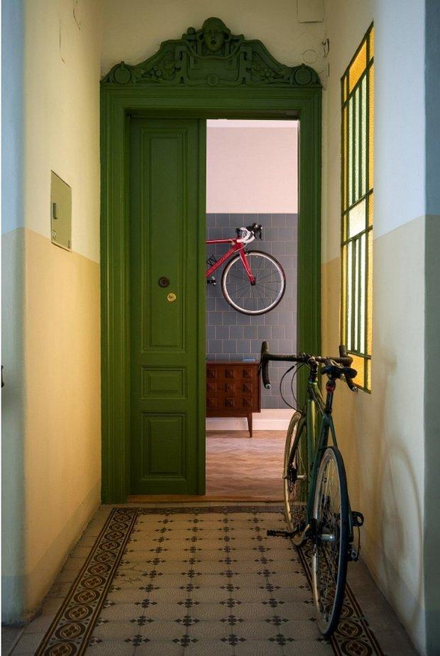 Фотография:  в стиле , Скандинавский, Декор интерьера, Квартира, Белый, Синий, Серый, Более 90 метров – фото на INMYROOM