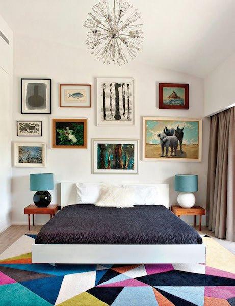 Фотография: Спальня в стиле Скандинавский, Декор интерьера, Мебель и свет, Цвет в интерьере, Ковер – фото на INMYROOM
