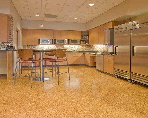 Фотография: Кухня и столовая в стиле , Стиль жизни, Советы, Пол – фото на INMYROOM