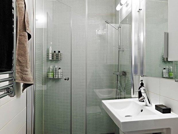Фотография: Ванная в стиле , Малогабаритная квартира, Интерьер комнат, Советы – фото на INMYROOM
