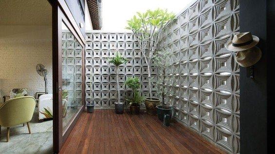 Фотография: Терраса в стиле Минимализм, Квартира, Дома и квартиры, Лестница – фото на INMYROOM