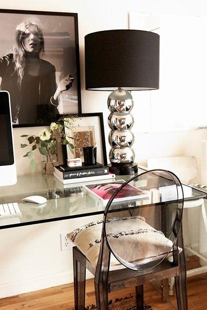 Фотография: Офис в стиле Классический, Современный, Эклектика, Декор интерьера, Мебель и свет, Журнальный столик – фото на INMYROOM